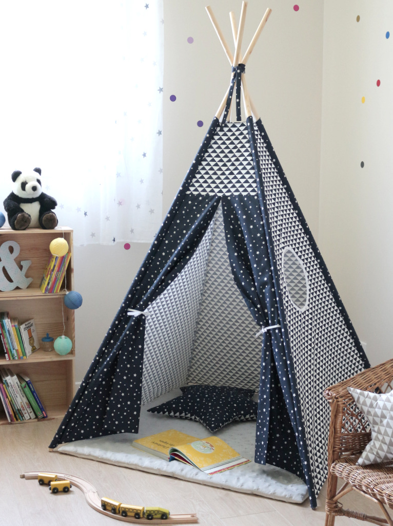 tipi enfant bleu marine creacoton. Black Bedroom Furniture Sets. Home Design Ideas