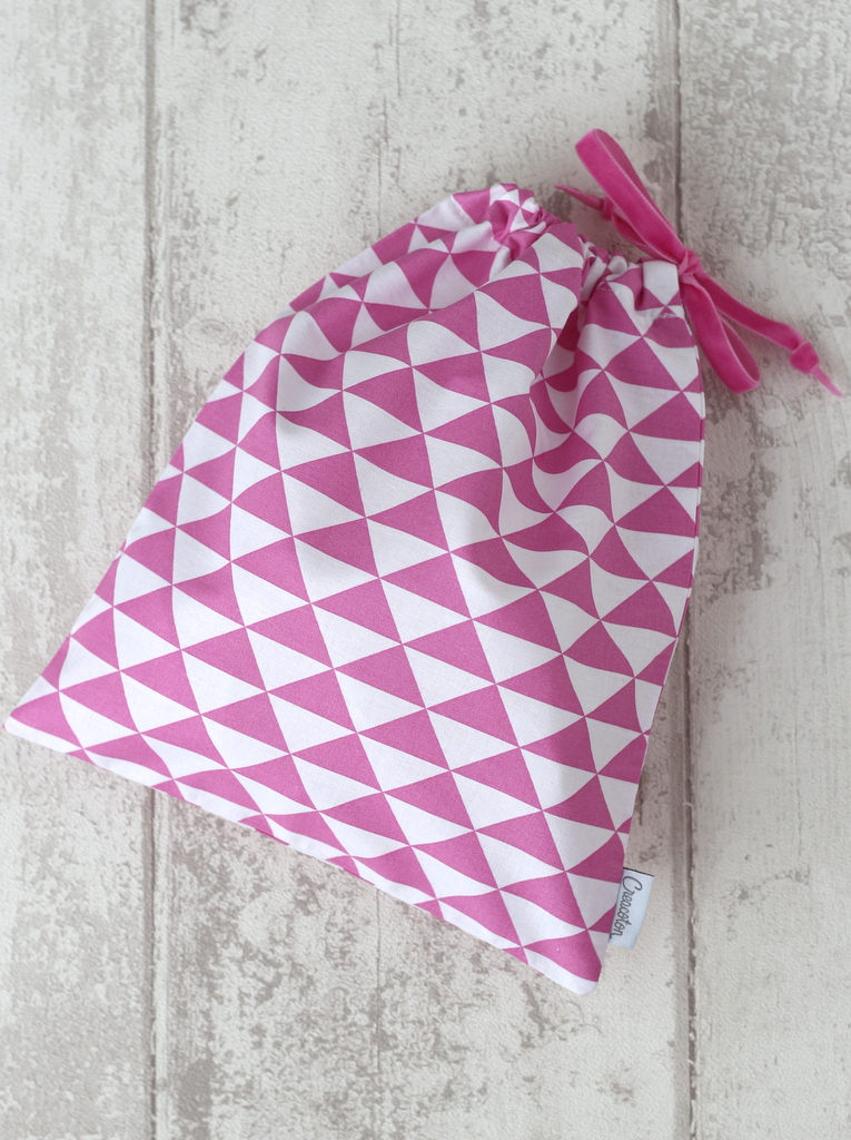 sac a doudou rose triangle Creacoton (1)